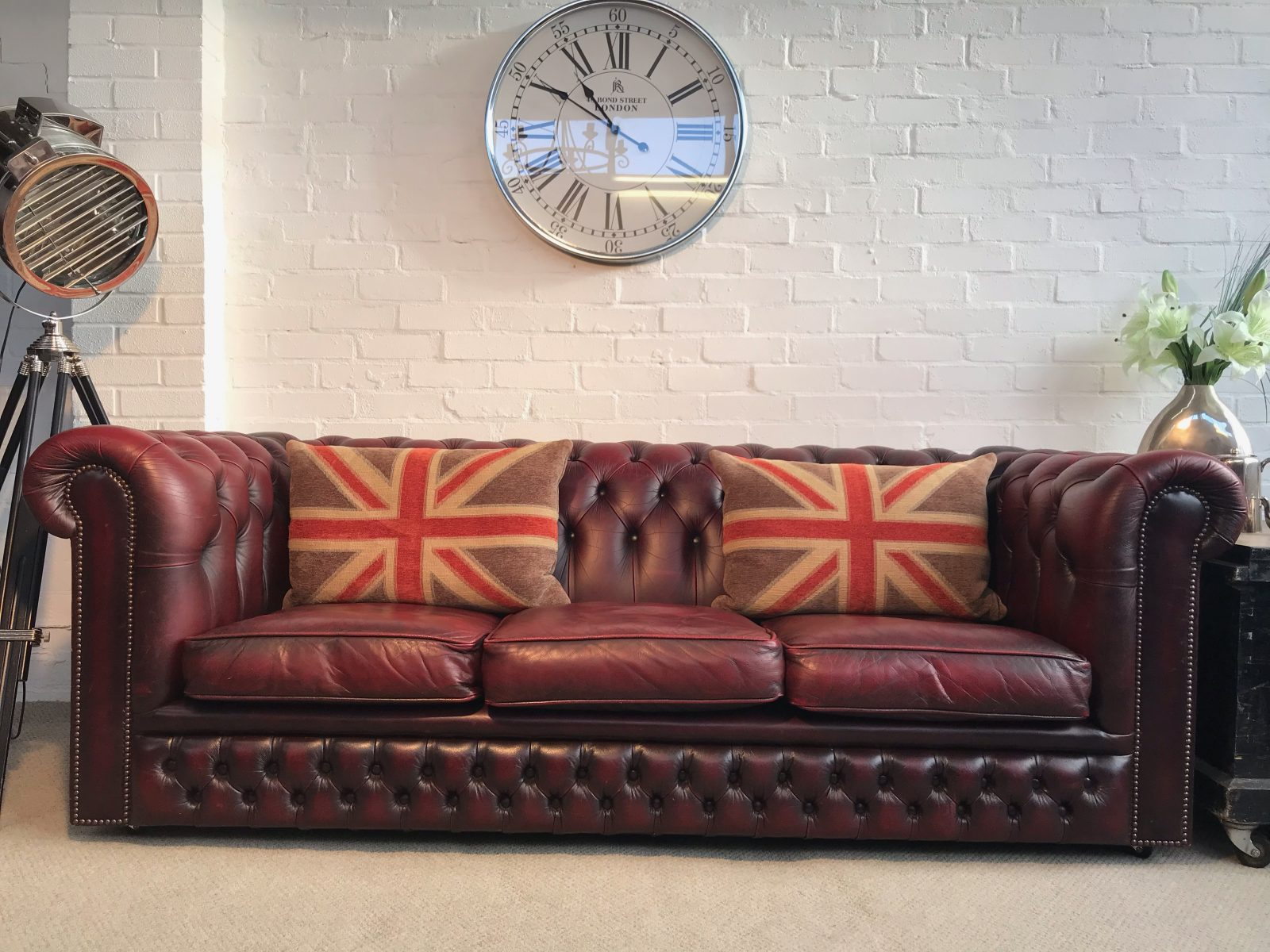 Vintage Antique Red 3 Seater Chesterfield Sofa.