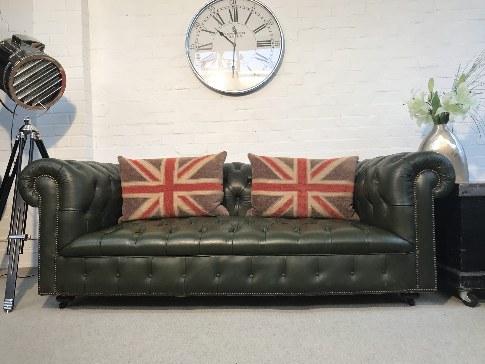 Vintage Fully Buttoned 3 Seater Chesterfield Sofa.