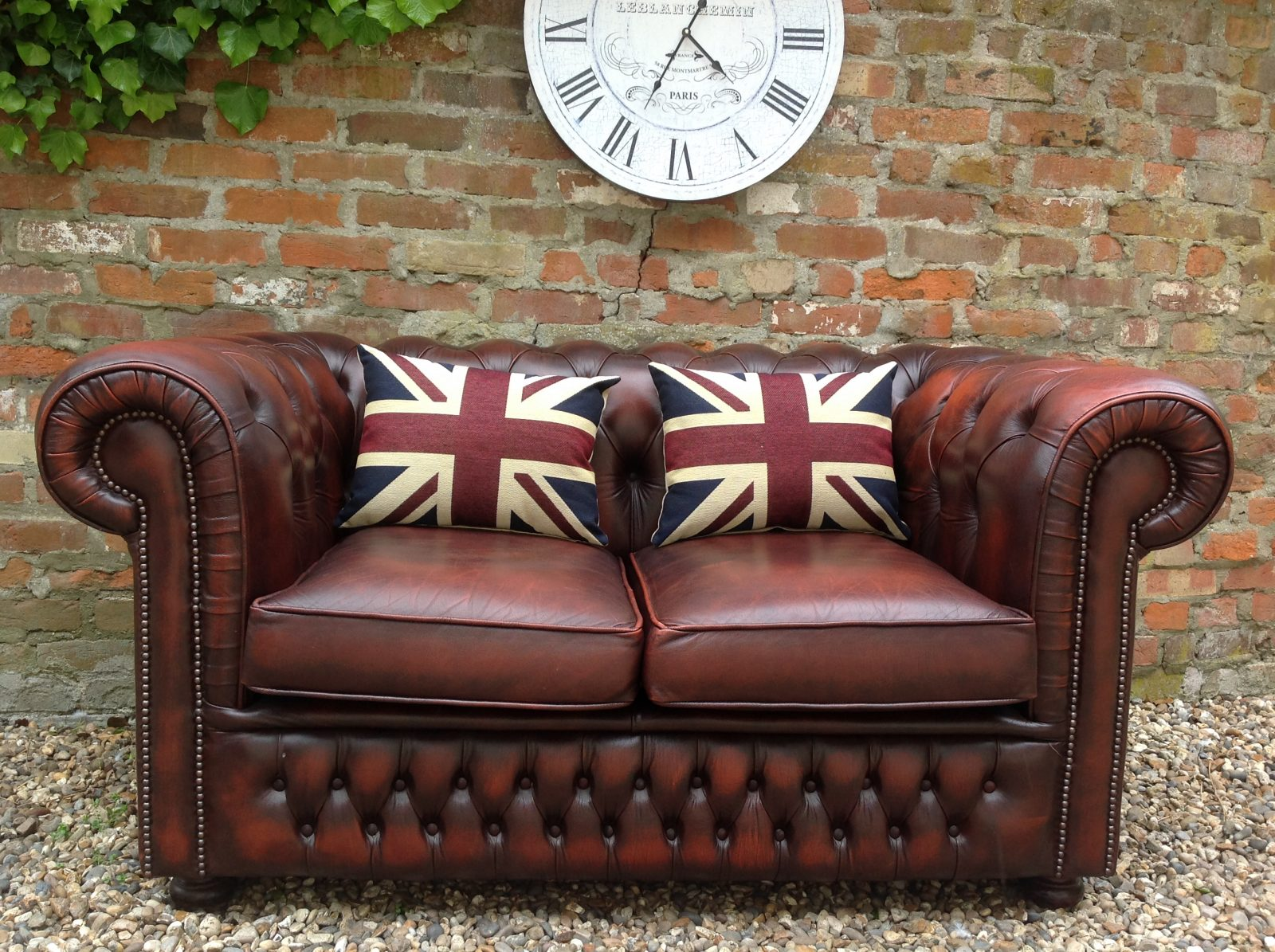 Beautiful 2 Seater Chesterfield Sofa. ( Matching Footstool Available.)