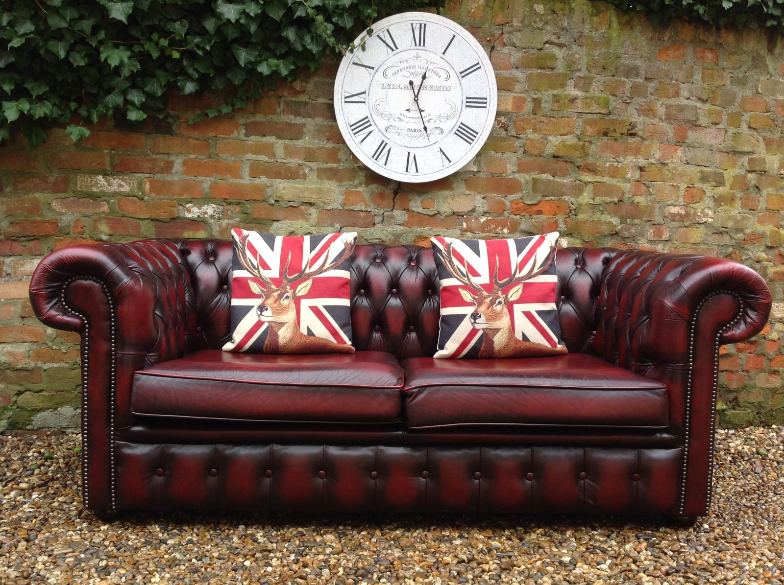 Classic Oxblood Large 2 Seater Chesterfield Sofa. ( Matching 2 Seater Available )