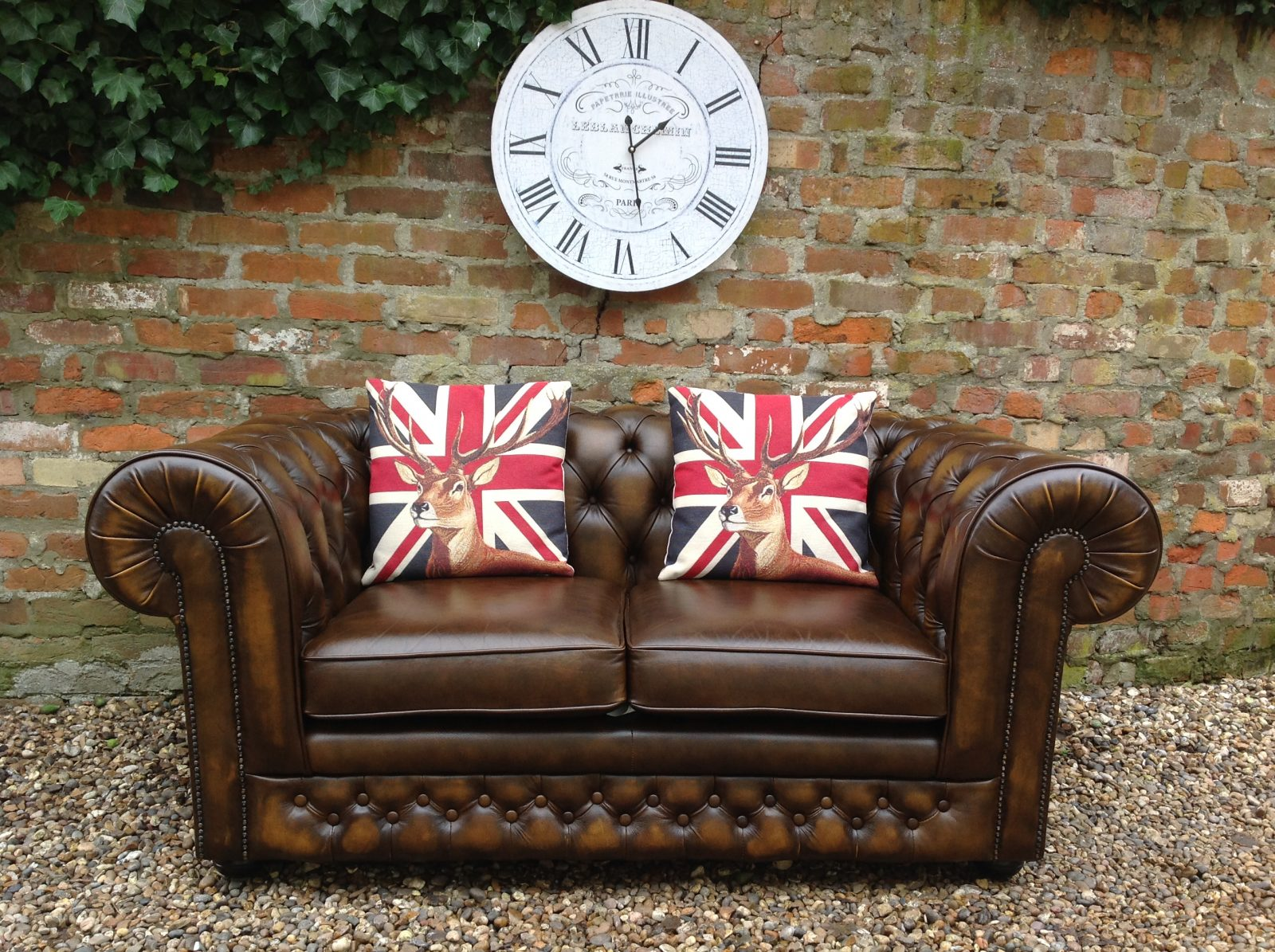 Antique Gold 2 Seater Chesterfield Sofa.(Matching 3 Seater Available)