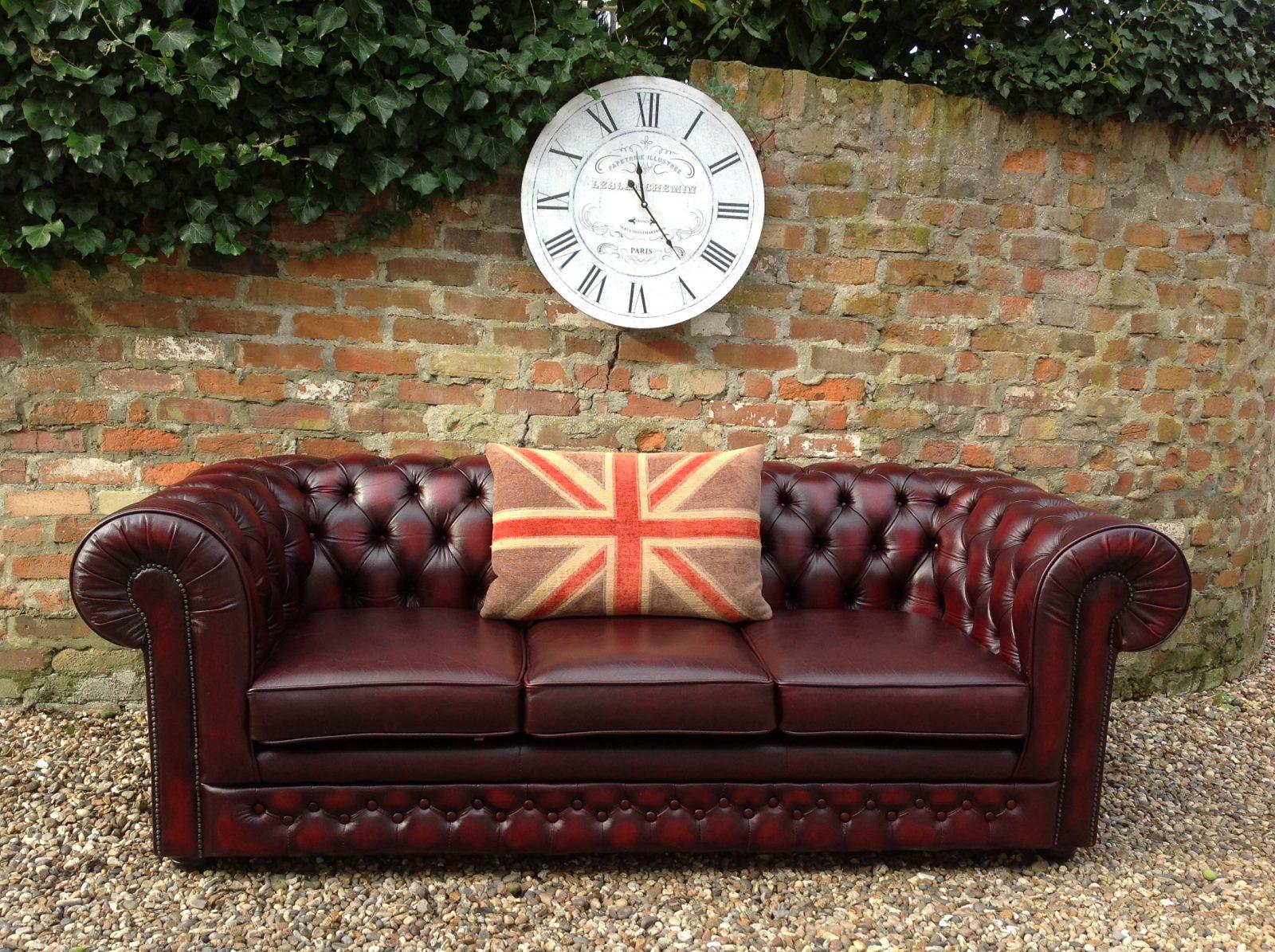Thomas Lloyd Oxblood Chesterfield Sofa.