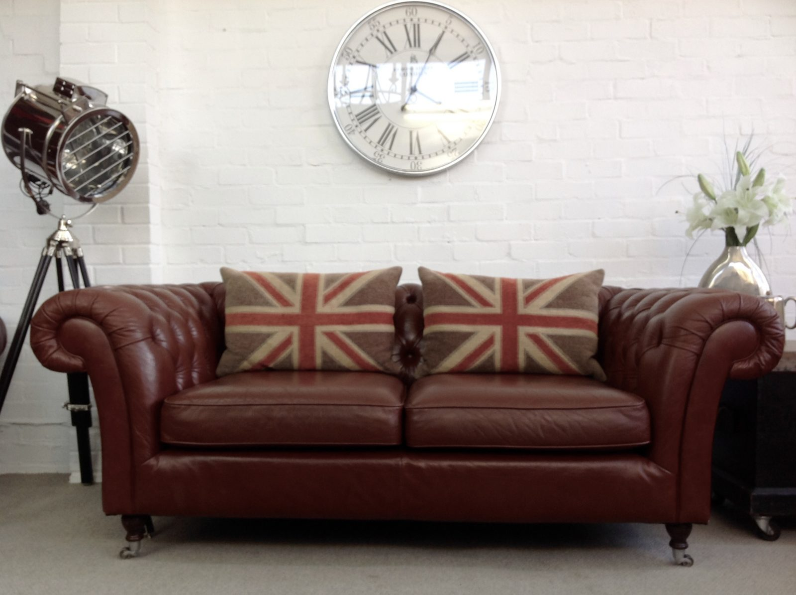 Sienna Brown 3 Seater Chesterfield Sofa.