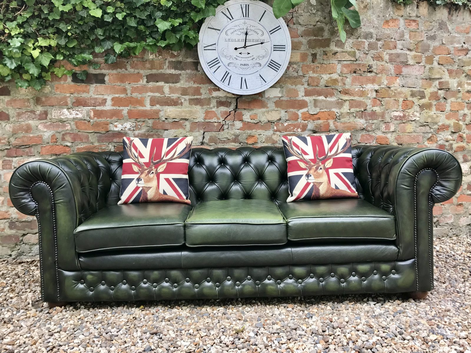 Forest Green Thomas Lloyd Chesterfield Sofa.