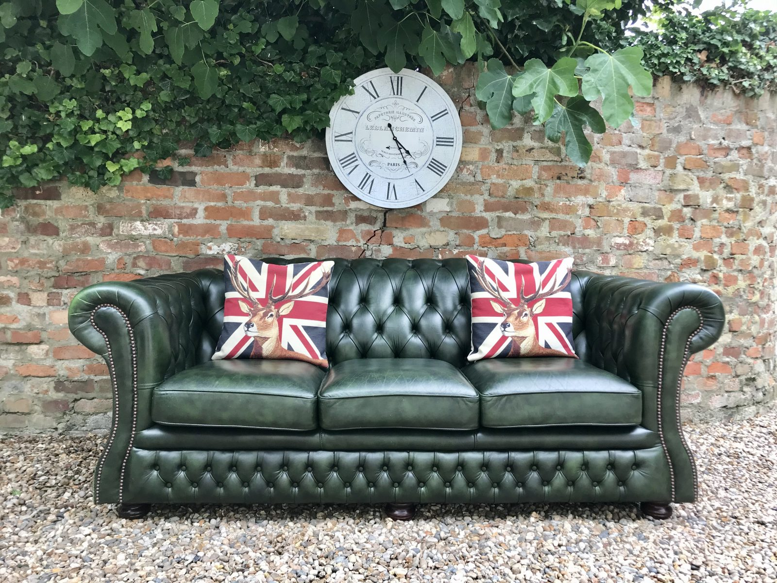 Stunning Forest Green Chesterfield Sofa By Springvale.