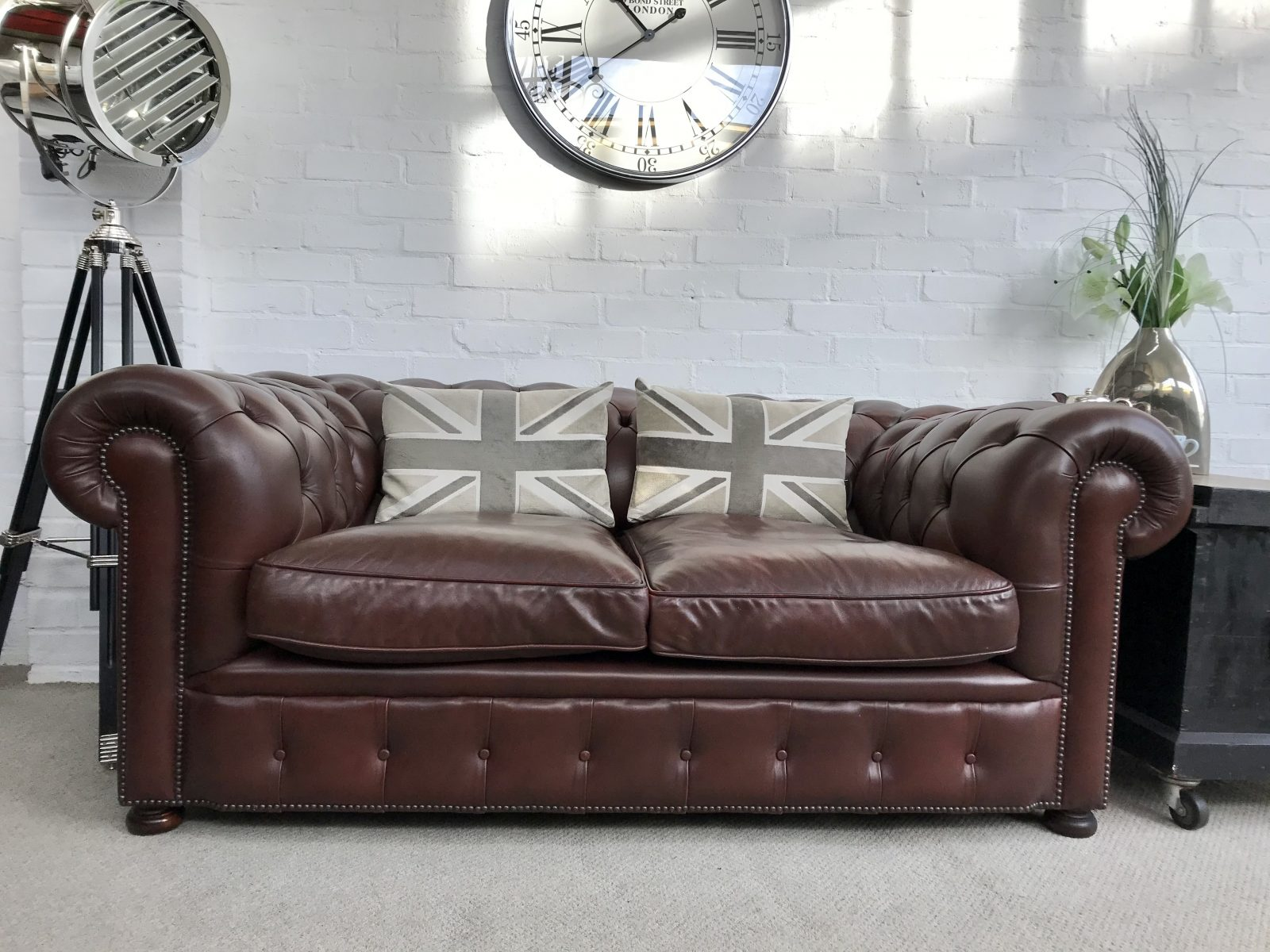 Stunning Rustic Brown Chesterfield Sofa.